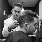 Curso de barbería: 10 razones para estudiar  peluquería en línea